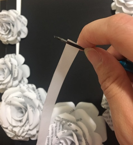 Our final installment from our intern Siyu! Making a necklace from paper during COVID 19